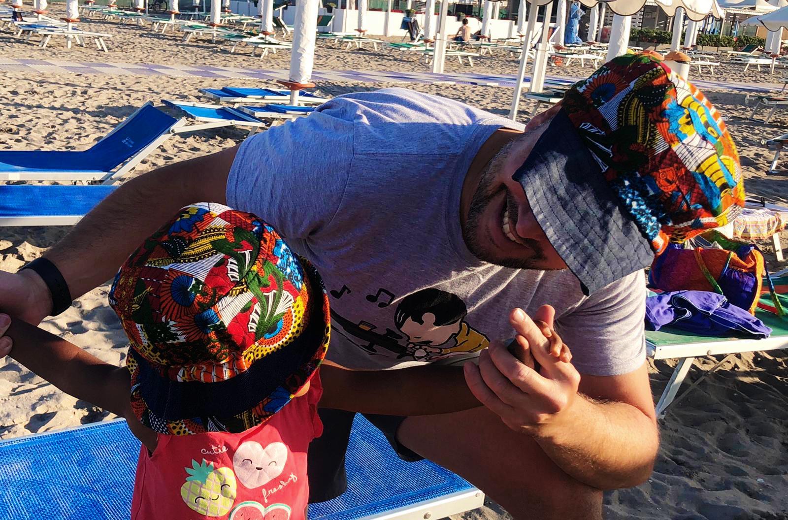 cappello bambina e uomo